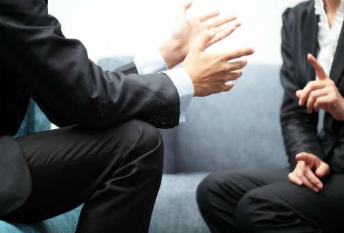 Учредитель долг перед фирмой счета арестованы приставами как выплатить зарплату