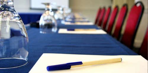 Отраслевые конференции: эффективный способ продвижения бизнеса и увеличения продаж