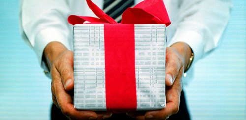 Подарок партнеру по бизнесу: опрос руководителей