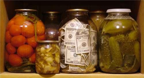 Как сохранить деньги в кризис: советы профессионалов