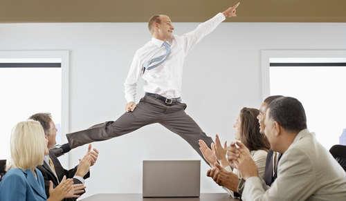 Управление обучением сотрудников: 4 уровня корпоративного роста