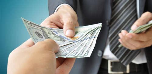 Как бороться с должниками: 5 шагов к организации финансового контроля